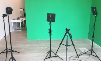 Green Screen with equipment